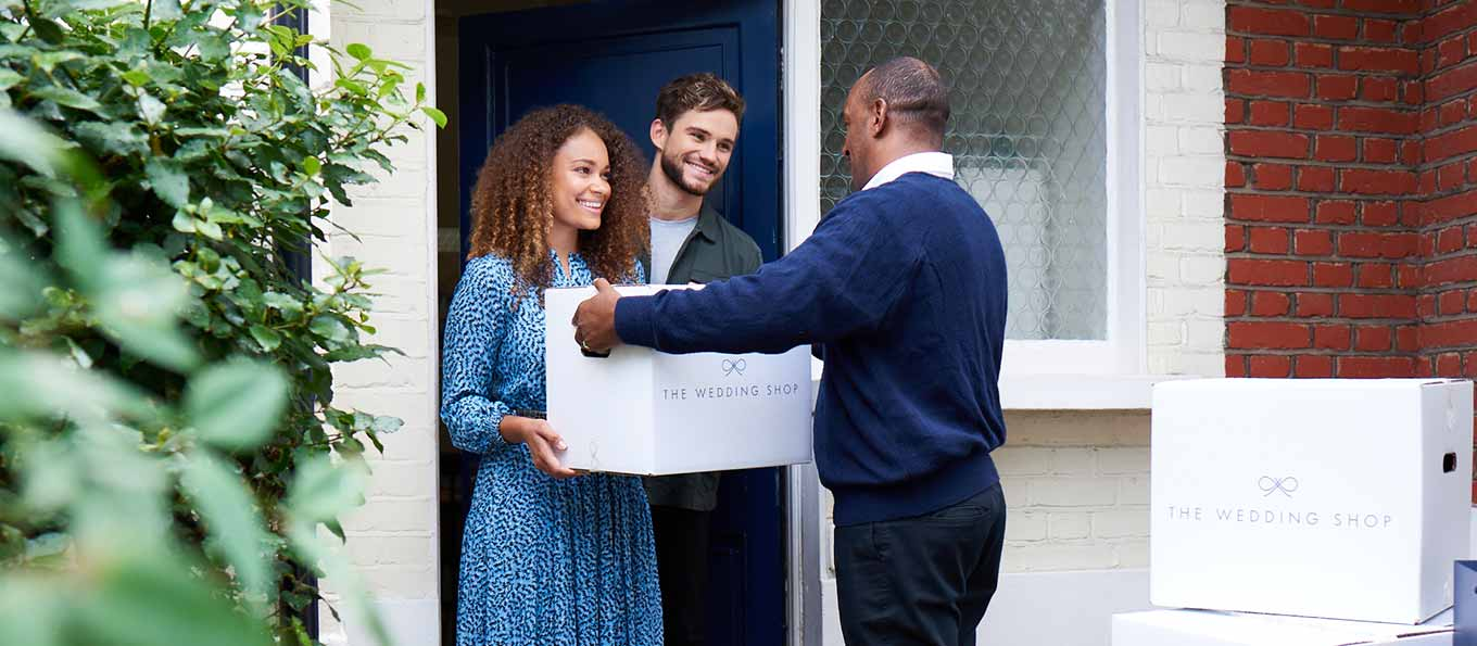 Wedding shop gift delivery day newly married couple